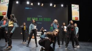 Die Tanzgruppe United Disparity zeigt, dass Heimat nicht nur ein Ort ist